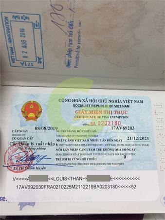hồ sơ làm thẻ tạm trú cho con là người nước ngoài