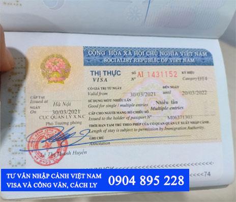 người nước ngoài nhập cảnh việt nam cần giấy tờ gì